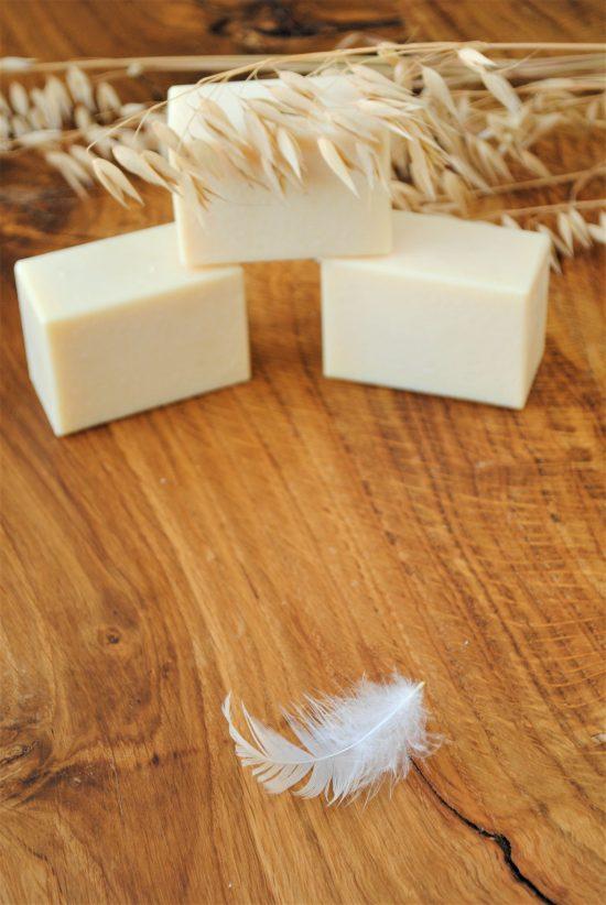 Naturalne mydło z mlekiem owsianym, ręcznie robione